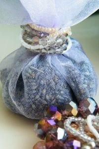 no sew no tie lavender bag detail