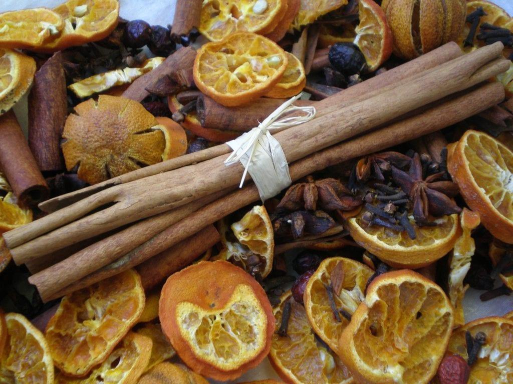 cinnamon bundle cinnamon sticks