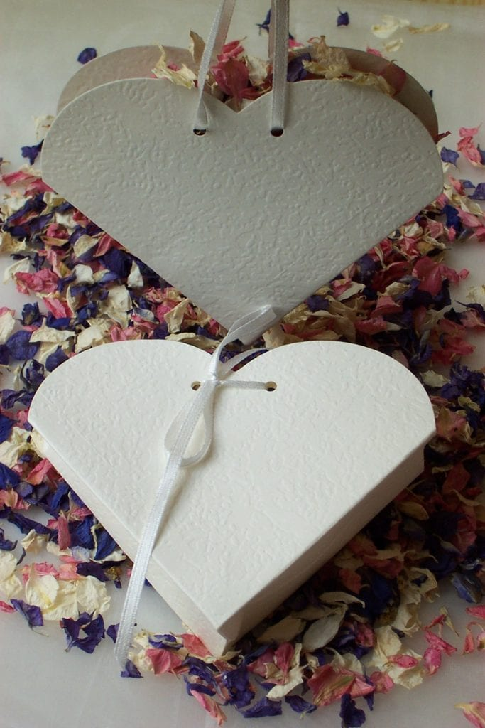 dried flower petals natural confetti heart boxes