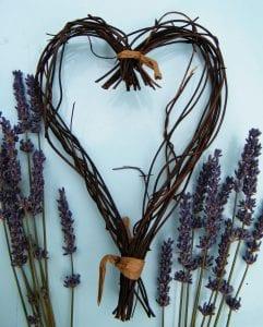 dried lavender flowers heart wreath