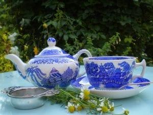 making chamomile tea equipment