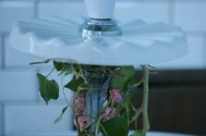 dried flowers wash basin