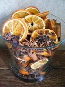 dried flower craft - potpourri making