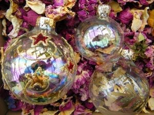 glass baubles dried roses