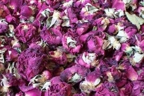 natural rose potpourri