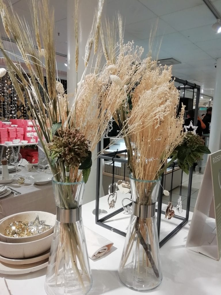 informal dried arrangement magasin