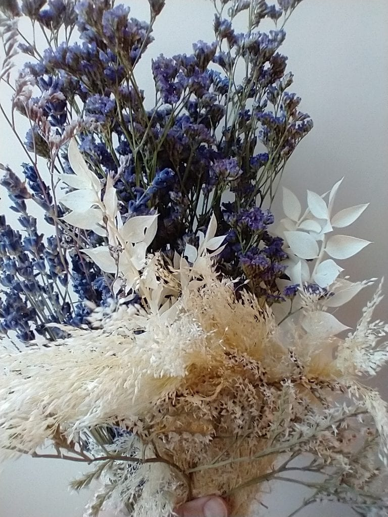 blue white posy for pressing